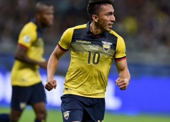 Ángel Mena anota con Ecuador ante Bolivia