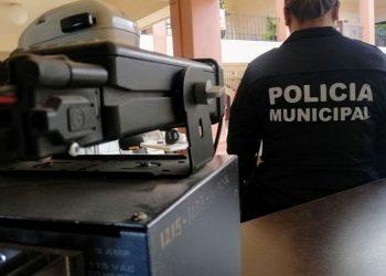 Deberán solventar con equipo comunicador a policías de Celaya tras prohibirse uso de teléfono celular