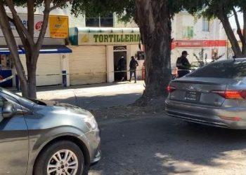 """Hallan a dos """"regadores"""" asesinados y disparan contra tortillería, en Celaya"""