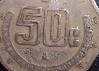 FOTO: ¿Tienes alguna? Monedas de cincuenta centavos son ofertadas hasta en 4 mil pesos en la Red